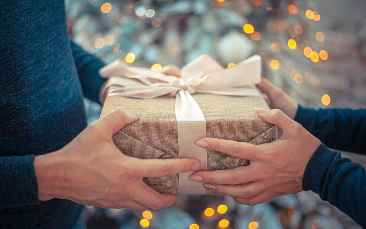 Eine schöne Geschenkidee: Wohlbefinden schenken mit einem Kneipp-BEWEGT-Geschenkabo!